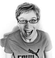 Stefanie Winny: Teil des Improtheater Ensemble